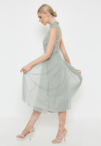 BEAUUT - DIAZ EMBELLISHED SEQUINS   - Cocktail dress / Party dress - sage green - 2