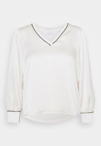 BLOUSE - Bluser - pearl white