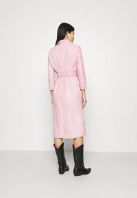 Ibana - EXCLUSIVE DIFFANI  - Day dress - pink/nude - 2