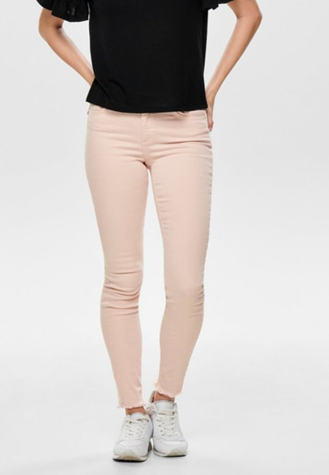 ONLBLUSH LIFE ANKRAW - Jeans Skinny Fit - peach whip