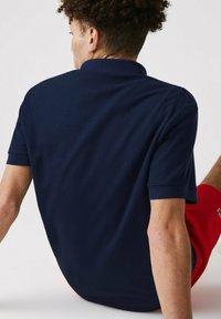 Lacoste - KORTE MOUW - Polo shirt - blau rot weiß - 4