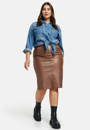 Pencil skirt - cocoa brown
