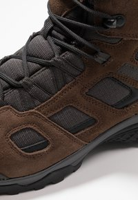 Jack Wolfskin - VOJO HIKE 2 TEXAPORE MID - Hiking shoes - dark wood - 5