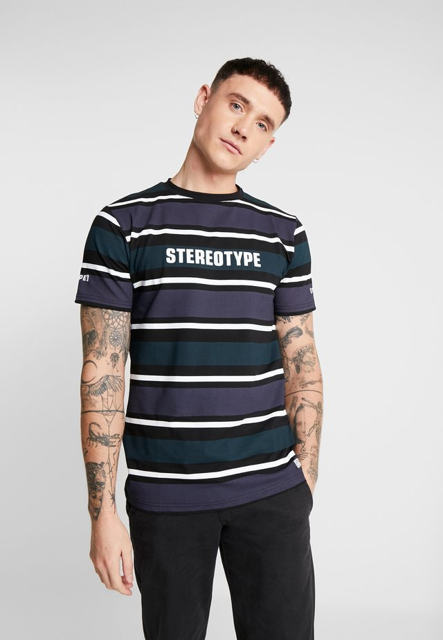 REVERB STRIPE TEE - Print T-shirt - black
