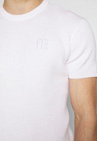 FAKTOR - PAUL TEE - Basic T-shirt - white - 5