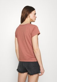 Abercrombie & Fitch - LOGO TEE - Print T-shirt - dark pink - 2