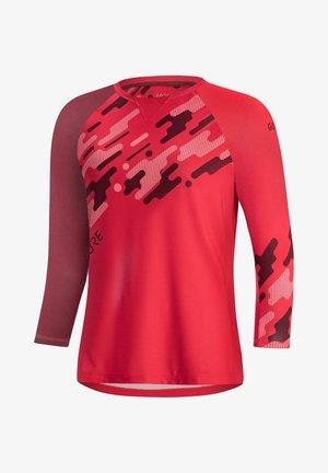 Long sleeved top - koralle