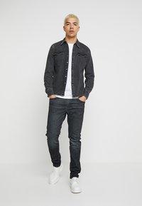 Levi's® - BARSTOW WESTERN - Shirt - black worn - 1