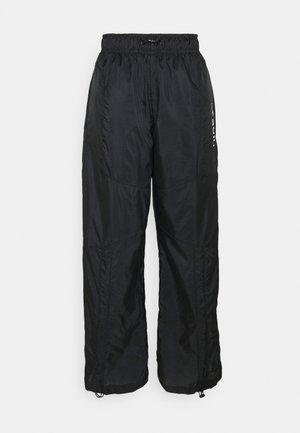 STREET PANT - Broek - black/white