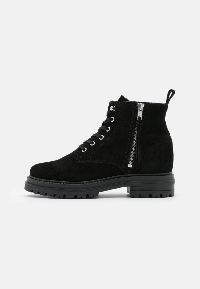 MELINA  - Šněrovací kotníkové boty - black