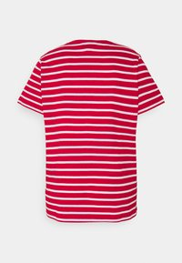 Tommy Hilfiger Curve - TEE REGULAR FIT FLAG - Print T-shirt - classic brenton / primary red - 7