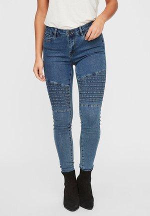 VMHOT  - Jeans Skinny Fit - medium blue denim