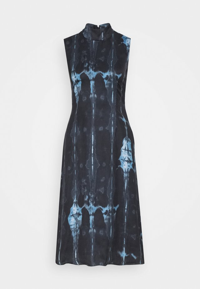 HIGH NECK SLIP MIDI DRESS IN TIE DYE - Day dress - navy