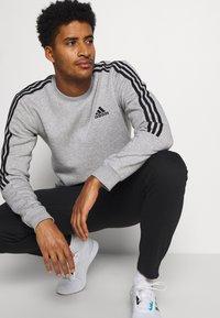 adidas Performance - CUT - Felpa - medium grey heather/black - 4