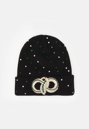 QIAVIA - Beanie - black/emerald green/gold-coloured combo