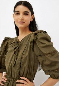 Liu Jo Jeans - Jersey dress - olive - 3