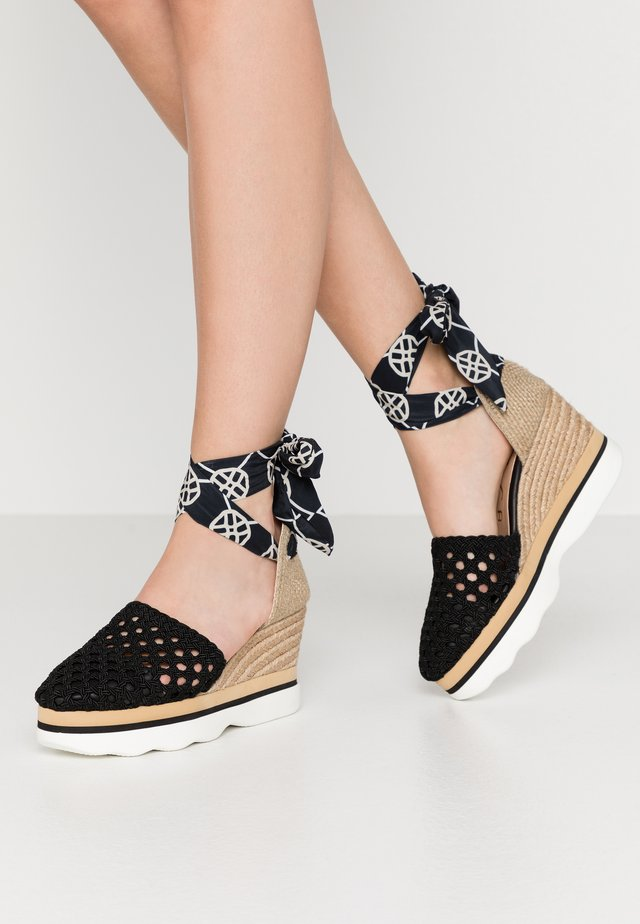 LUENGO - Platform heels - black