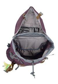 Deuter - ZUGSPITZE 22 SL - Backpack - aubergine/lion - 5