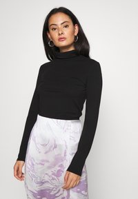 Pieces - PCSIRENE ROLLNECK - Long sleeved top - black - 0