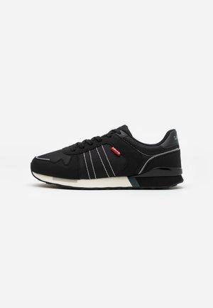 WEBB - Zapatillas - regular black