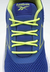 Reebok - REEBOK FLEXAGON ENERGY SHOES - Neutral running shoes - blue - 9