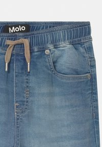 Molo - AUGUSTINO - Slim fit jeans - soft denim blue - 2