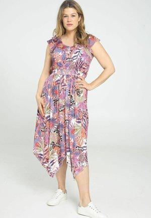 Day dress - fushia