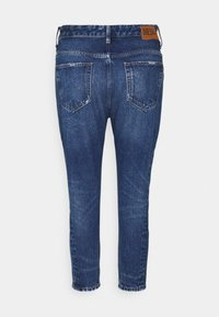 Diesel - D-FAYZA - Jeans Tapered Fit - medium blue - 8