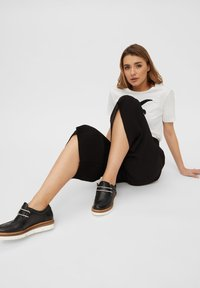 Bianco - BIANCO MOKASSINS LEDER - Casual lace-ups - black - 1
