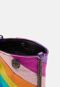 Kurt Geiger London - KENSINGTON PHONE - Across body bag - multicolor - 3