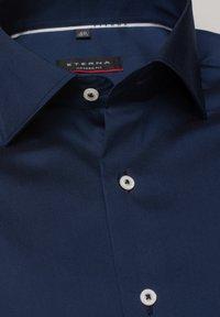 Eterna - MODERN FIT - Shirt - marine - 1