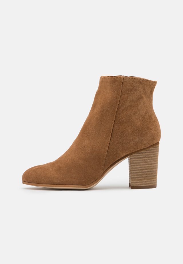 NEVADA - Ankle boot - camel