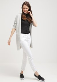 MAC Jeans - DREAM - Jeans Skinny Fit - white - 1