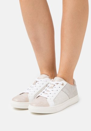 LACE UP - Sneakers laag - light pink