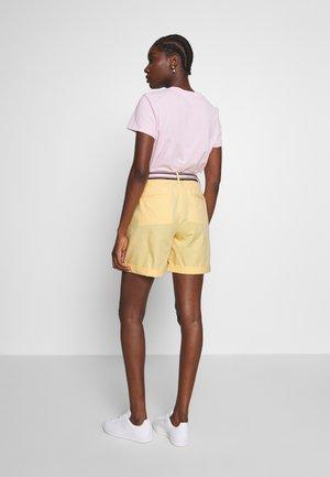 Shorts - sunray