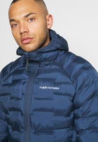 Peak Performance - ARGON HOOD - Winter jacket - blue shadow - 3