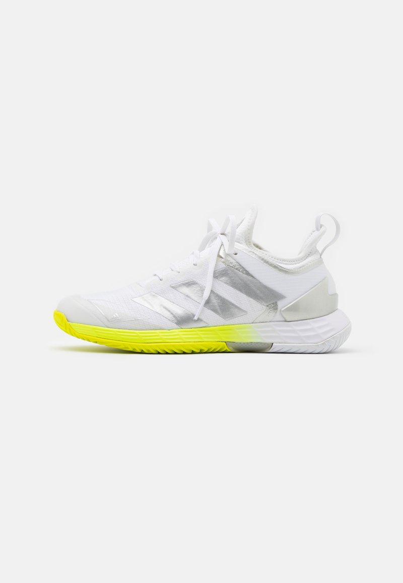 adidas Performance - ADIZERO UBERSONIC 4 - Scarpe da tennis per tutte le superfici - footwear white/silver metallic/solar yellow