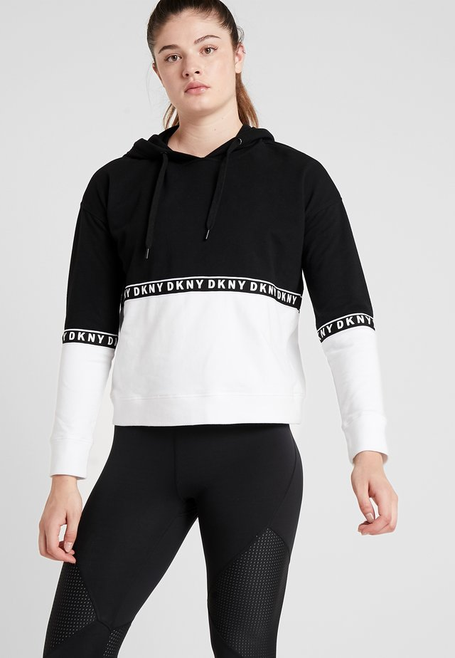 BOXY HOODED - Kapuzenpullover - black