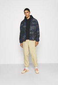 adidas Originals - HOODY UNISEX - Sweatshirt - black - 1