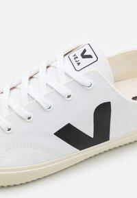 Veja - NOVA - Trainers - white/black - 5