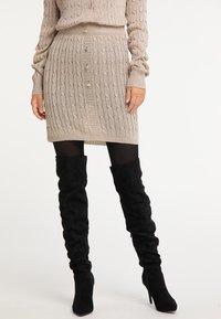 faina - Mini skirt - gold - 0