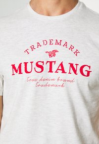 Mustang - ALEX - T-shirt z nadrukiem - light grey melange - 5