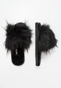 flip*flop - HAIRY POOL - Chaussons - black - 2