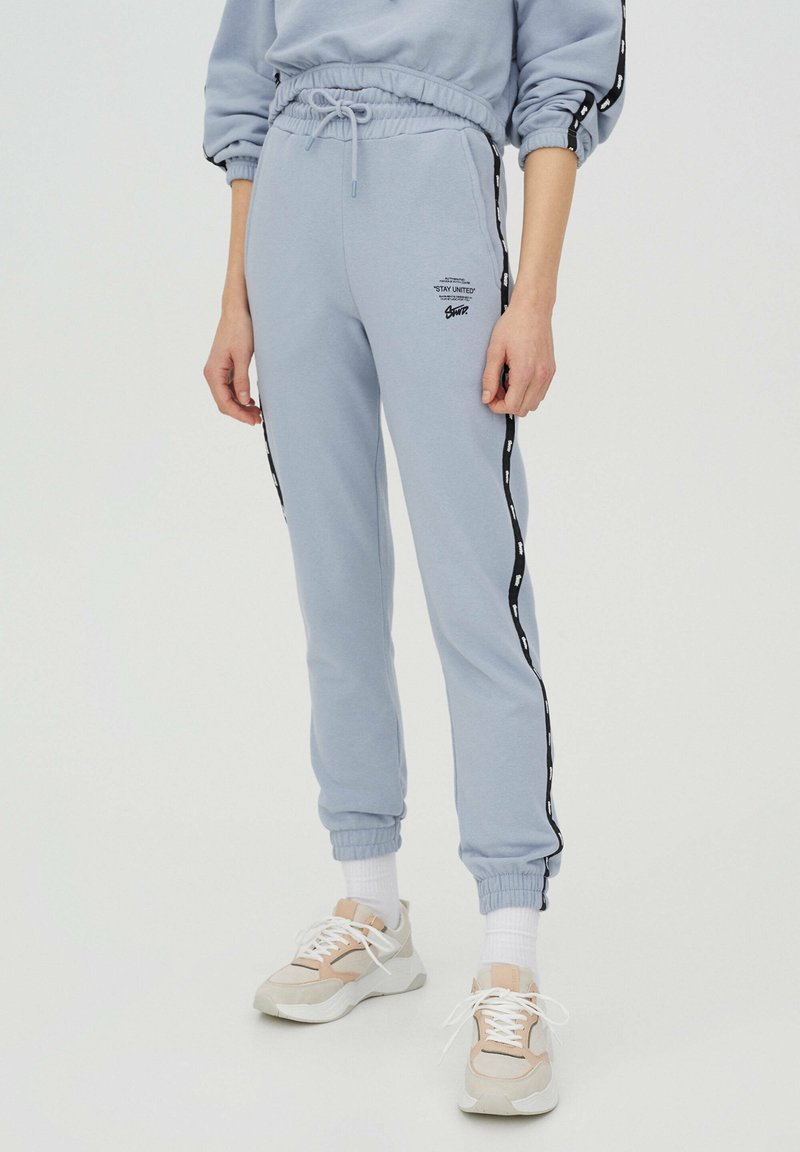 PULL&BEAR - Tracksuit bottoms - light blue