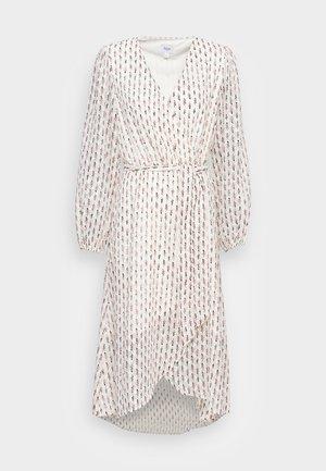 HAWA DRESS - Denní šaty - white
