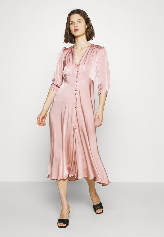MADISON DRESS - Skjortekjole - pink