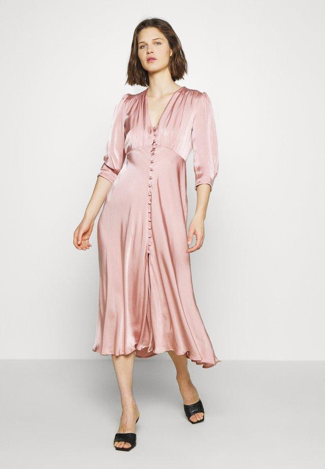 MADISON DRESS - Abito a camicia - pink