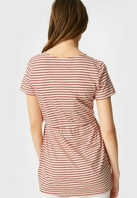 C&A - Print T-shirt - red/cremewhite - 2