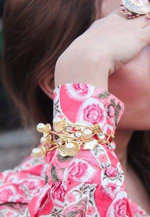 GOLDEN DAISY - Bracelet - gold