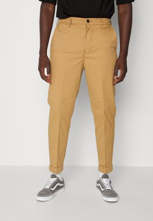 Chinos - tobacco brown